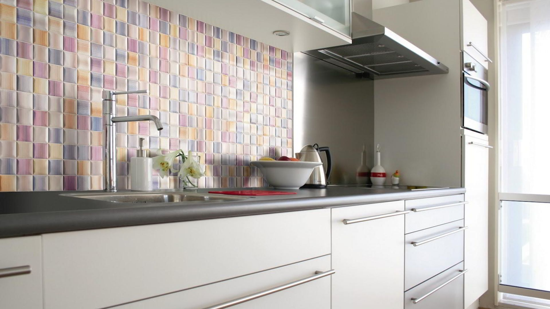 The Use Of Mosaic Tiles Both In House Interior And Exterior Is Increasing Over Time With An Ever Evolving Design That Follows Trend Are